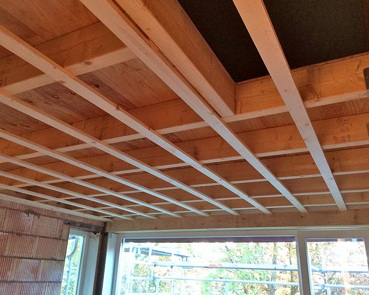 balkenplafond in de nieuwe aanbouw